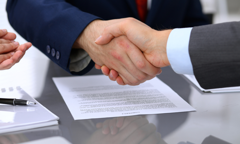 contract-signing-handshake
